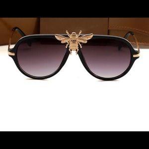 6cf75ba3ab ... Gucci bee imitation sunglasses ...